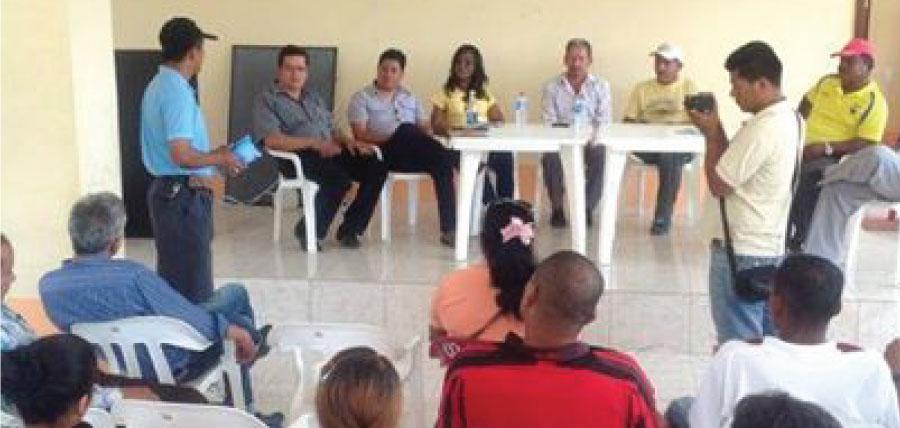 Asambleístas de CREO visitan Esmeraldas