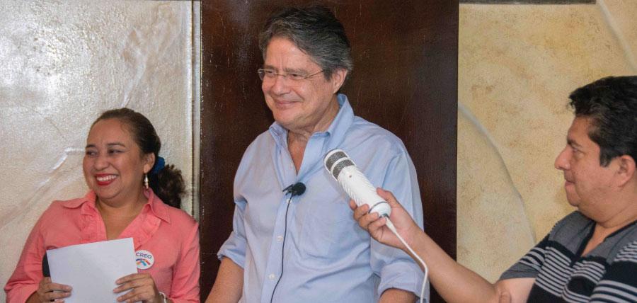 Lasso posesiona a directivas de CREO Santa Elena