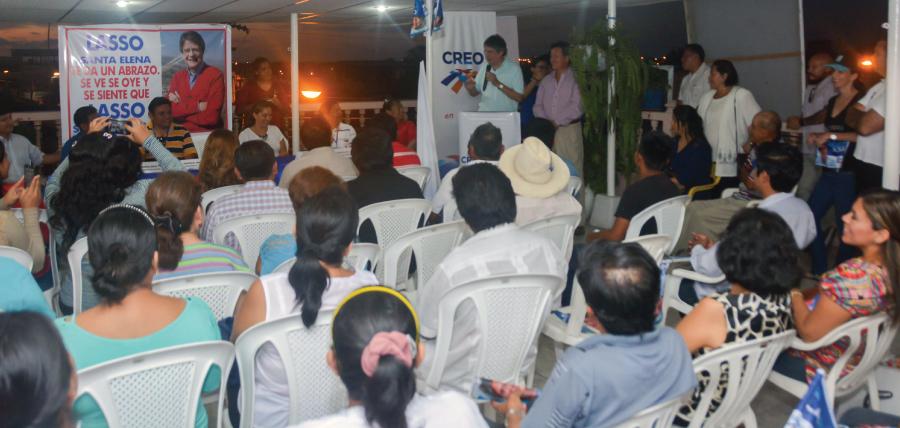 Guillermo Lasso posesiona directivas parroquiales y barriales en Santa Elena
