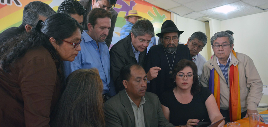 Colectivos definen acciones para impulsar consulta popular