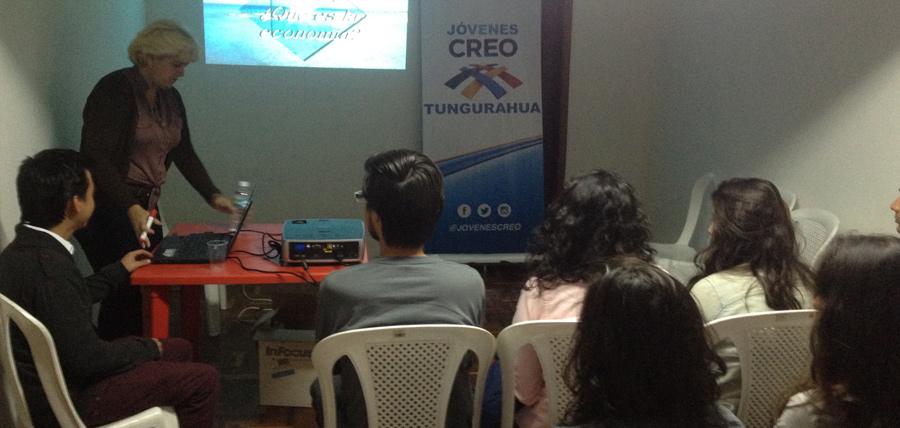 Continúa formación y preparación de Jóvenes CREO con taller de Economía en países populistas