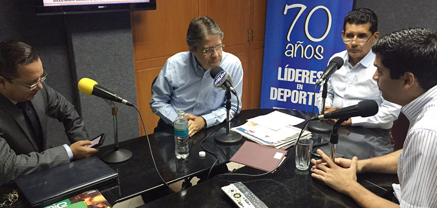 Enlace con Lasso, el espacio radial que Guillermo Lasso comparte con la ciudadanía