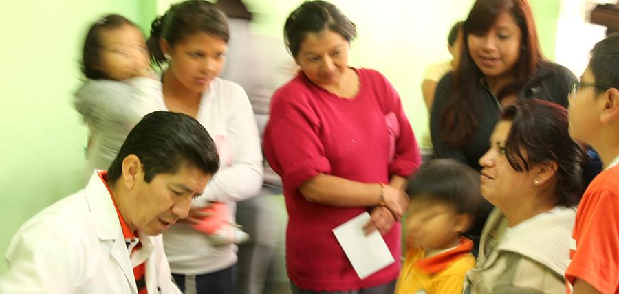 Jóvenes CREO Pichincha continúan con Brigadas Médicas