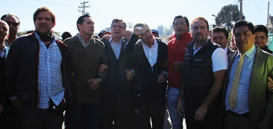 NO DEJARON ENTRAR AL DEBATE A LOS ASAMBLEISTAS DE CREO