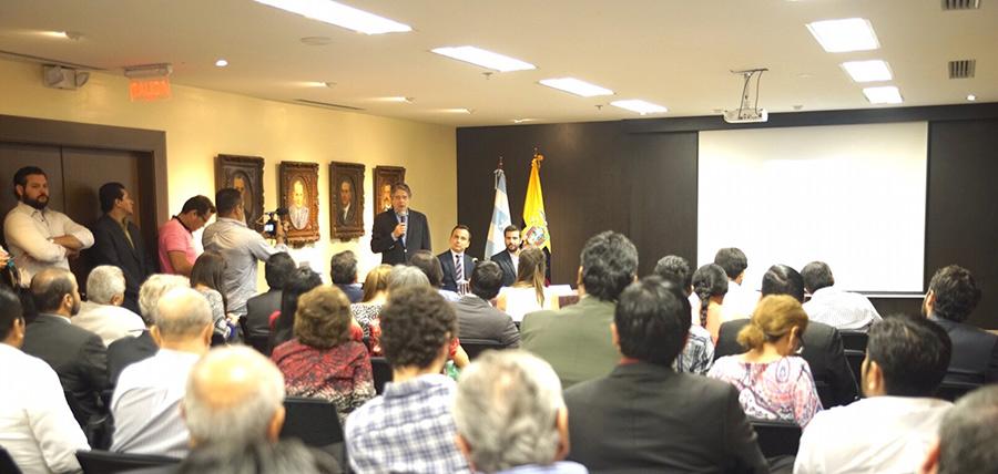 Presentación  de libro Reelección Indefinida vs. Democracia Constitucional