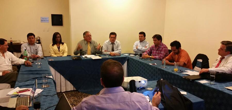 Reunión con bloque legislativo de CREO