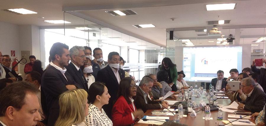 Mae Montaño defenderá proyecto reformatorio a Ley de Comunicación