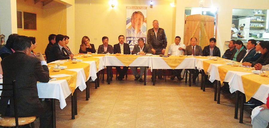 José Moncayo se reunió con directivas