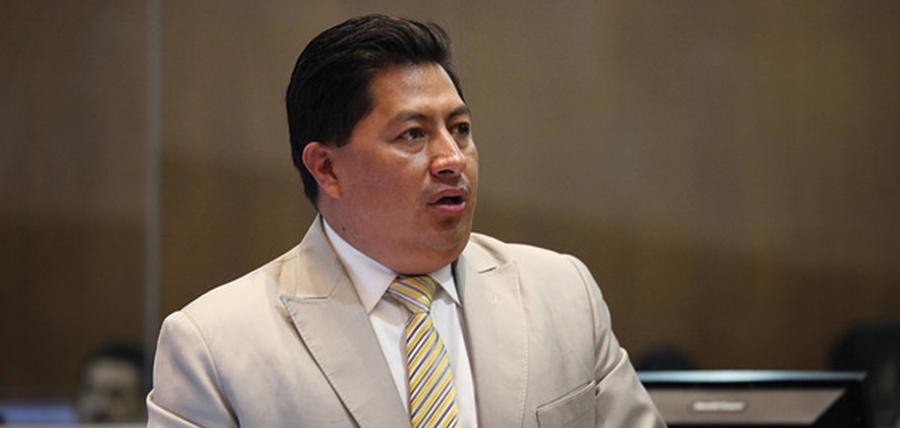 Chicaiza entre los asambleísta que más han votado en el Pleno