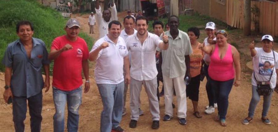 La directiva de CREO Guayas efectuó un recorrido puerta a puerta en Bastión Popular.