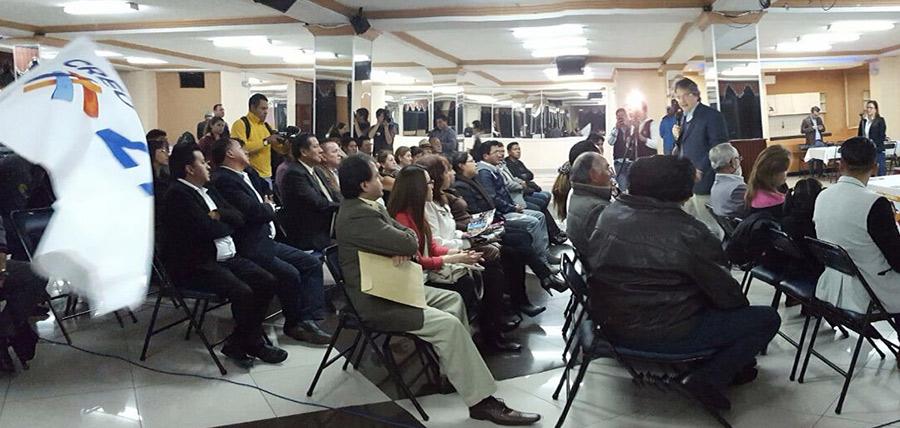 Guillermo Lasso llevó mensaje de emprendimiento a Quito