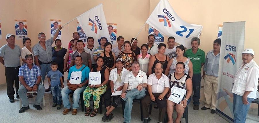 Los líderes del cantón Putumayo en Sucumbíos, durante la planificación del trabajo territorial.