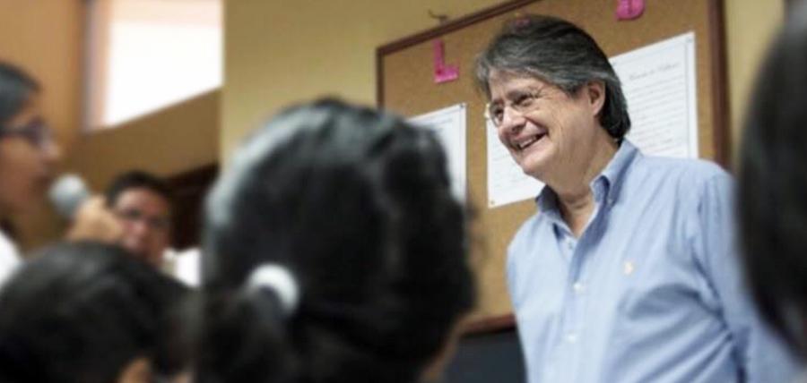 """Lasso: """"Cada vez me convenzo que Correa solo es economista de apodo"""""""